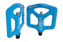 Load image into Gallery viewer, Canfield Bikes Crampon Magnesium Pedals