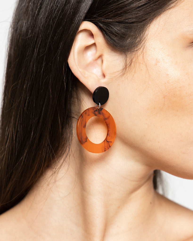 DROP ROUND ACRYLIC EARRINGS 1208 - حلق