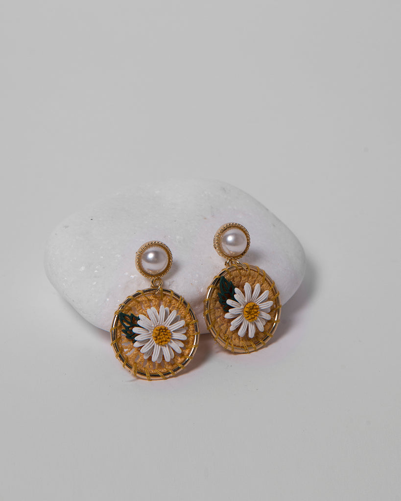PEARL HOOP FLOWER DESIGN EARRINGS 2101 - حلق