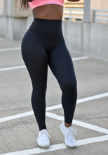 Load image into Gallery viewer, High waist dri-fit leggings