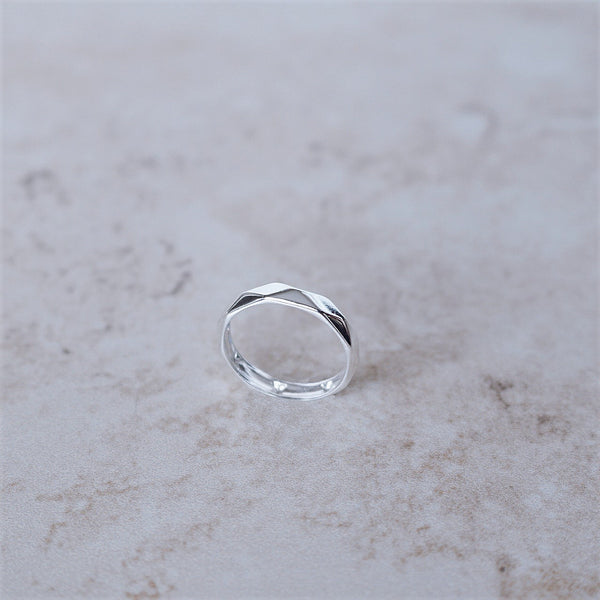 Alexa Faceted Ring
