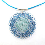 Crochet necklace, circle in turquoise and sterling silver|שרשרת סרוגה בגווני טורקיז עם כסף סטרלינג