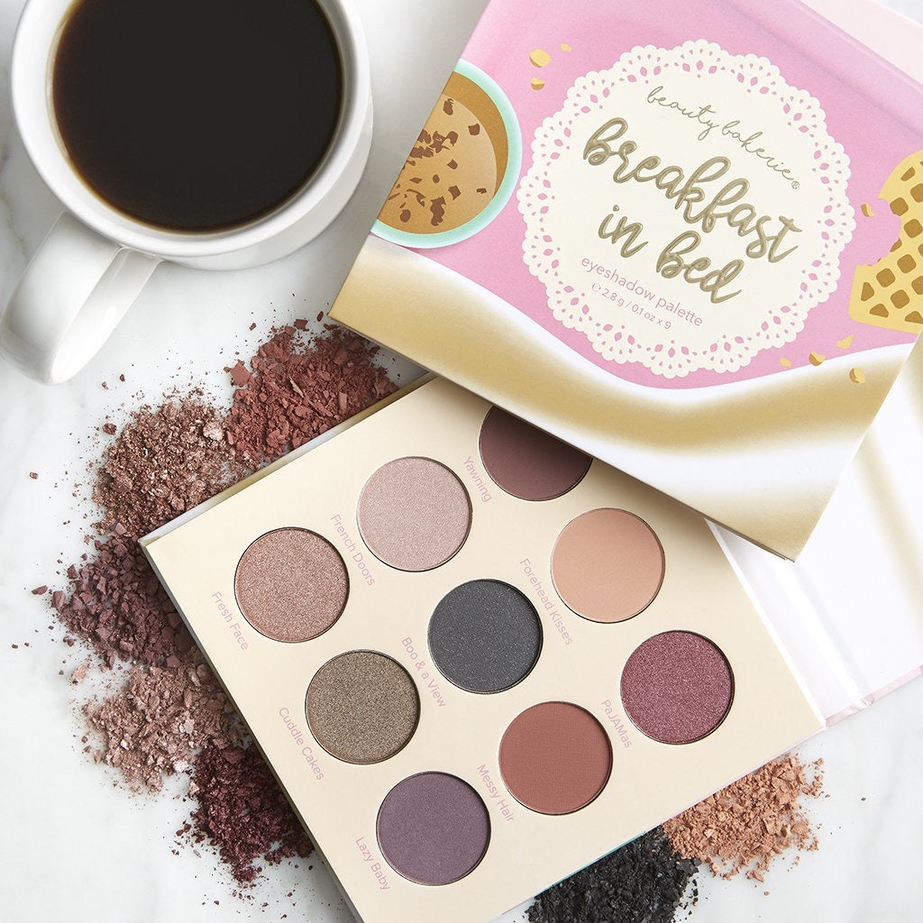 Paleta de Sombras Breakfast in Bed marca Beauty Bakery