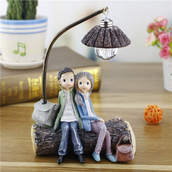 Resin Crafts Couple Night Light LED Lamp Resin Crafts Couple Night Light LED Lamp - AVAOASIS B