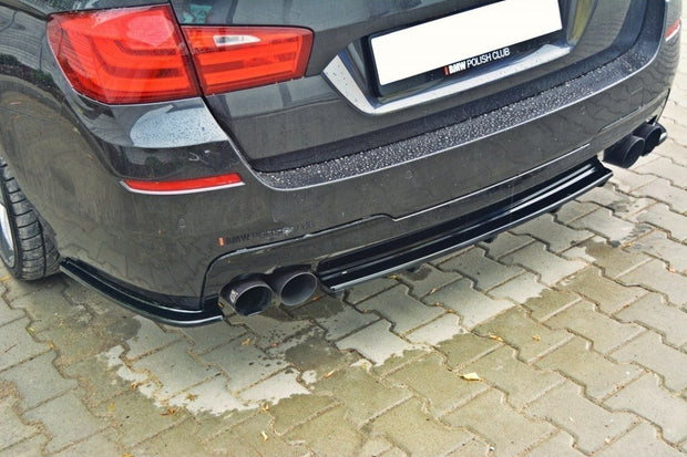 CENTRAL REAR SPLITTER BMW 5 F11 M-PACK (FITS TWO DOUBLE EXHAUST ENDS)