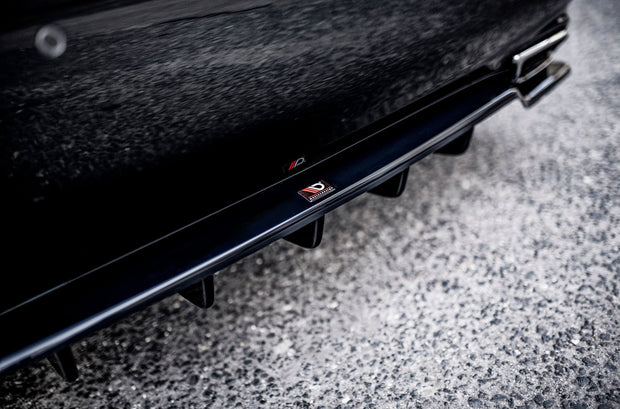 CENTRAL REAR SPLITTER (WITH VERTICAL BARS) LEUXS LS MK4 FACELIFT