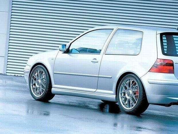 SIDE SKIRTS VW GOLF 4 25'TH ANNIVERSARY LOOK