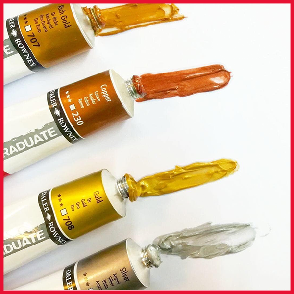 Graduate Oils are traditionally crafted with a soft buttery consistency and high pigment loading