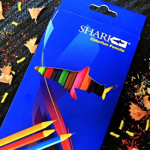 SHARK Color Pencil 12 Pcs Box