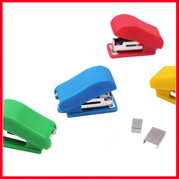 Mini Stapler With Pins.