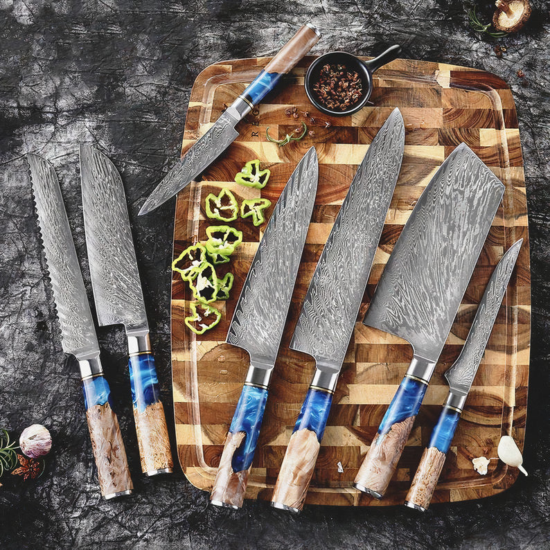 Hand-Crafted Damascus Steel Knife - KitchenTouch