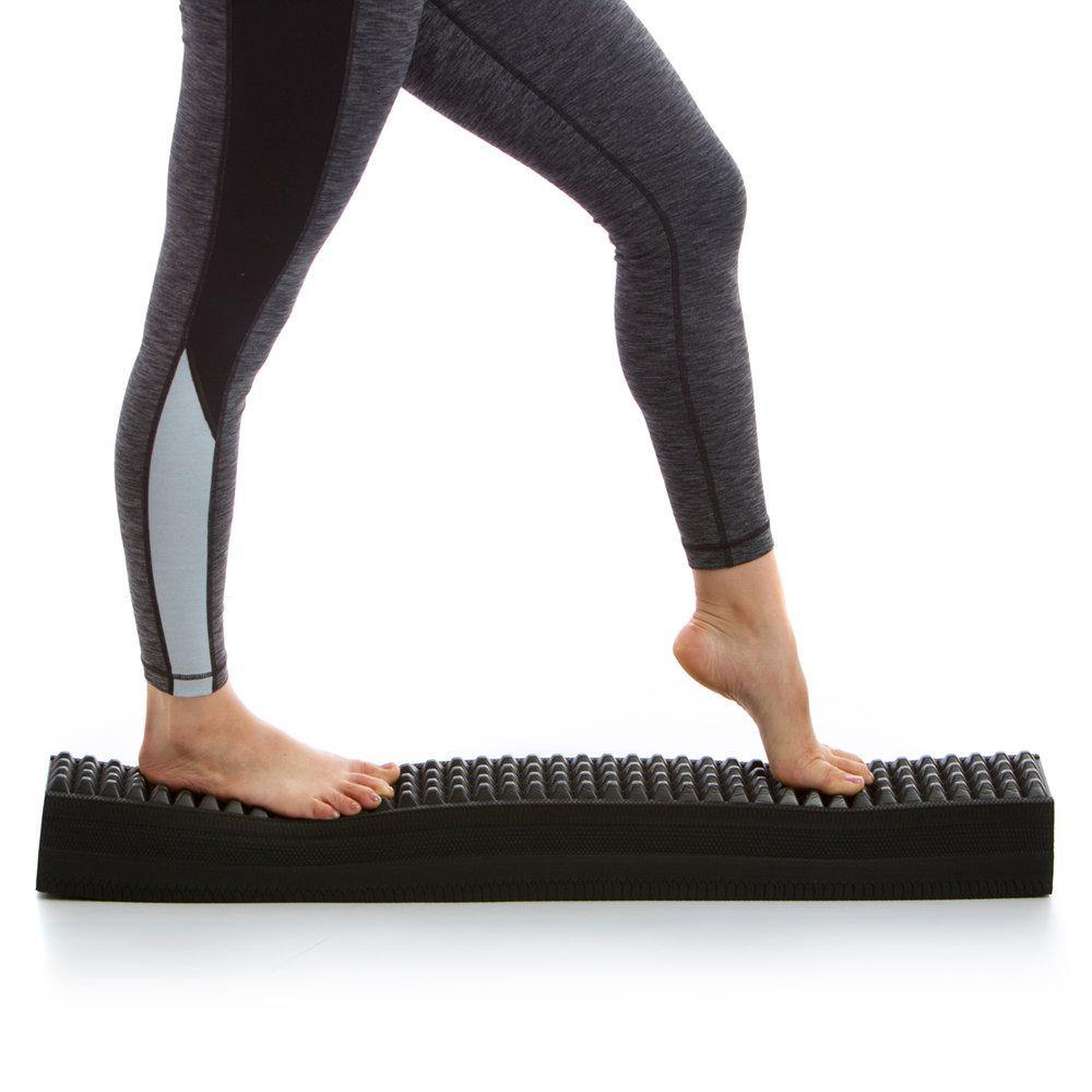 Aeromat Elite Spiky Balance Beam