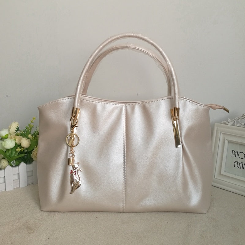 Pearl Solid Casual Tote