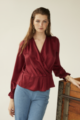 Isabelle Blouse, Wine