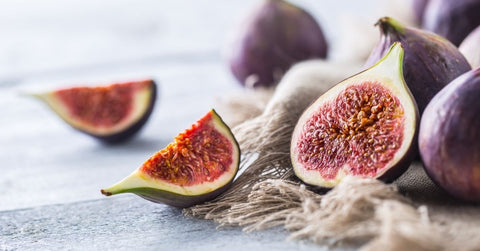 Freshly sliced figs