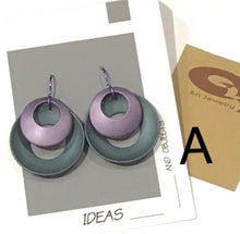 Load image into Gallery viewer, Q3 Art French Wire Earrings