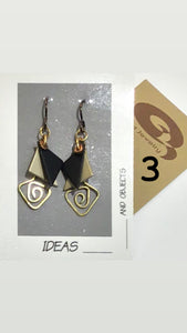 Q3 Art French Wire Earring