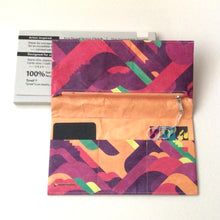 Load image into Gallery viewer, paperwallet clutch- piano fuzz pink