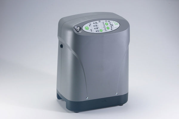iGo Portable Oxygen Concentrator with Deluxe Rolling Carrying Case and Accessory Bag