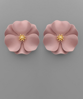 Flower Studs in Mauve