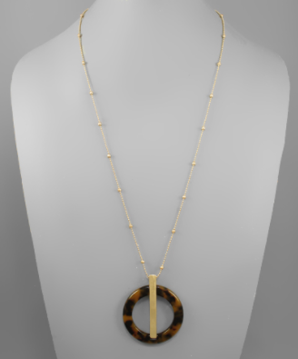 Acrylic Circle & Bar Necklace in Tortoise