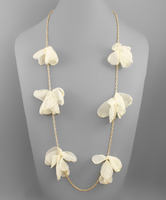 Chiffon Flower Necklace in Ivory