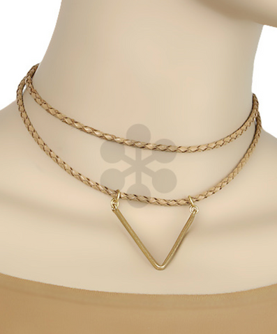 Choker Necklace with Triangle Detail in Natural