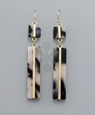 Acrylic Square & Rectangle Earrings in Crm/Blk
