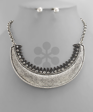 Silver Curved Half Moon Necklace