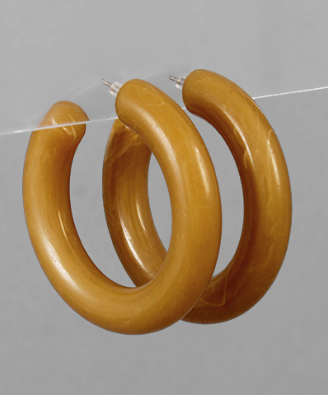 Thick Acrylic Hoops in Natural