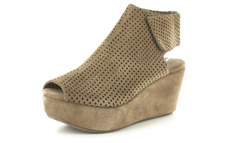 Wing in Taupe Suede by Chocolat Blu