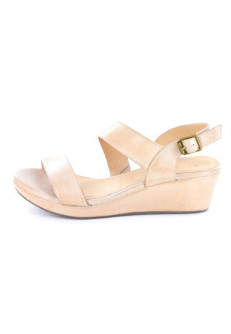 Yazmin in Nude Leather by Chocolat Blu