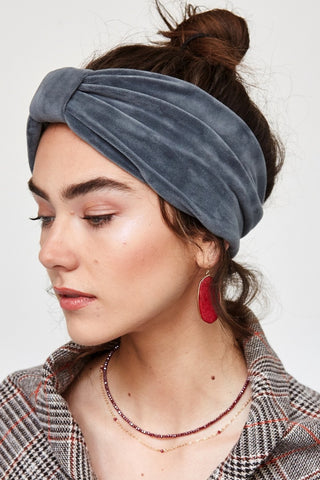 Velour Cozy Ribbon Headwrap in Gray
