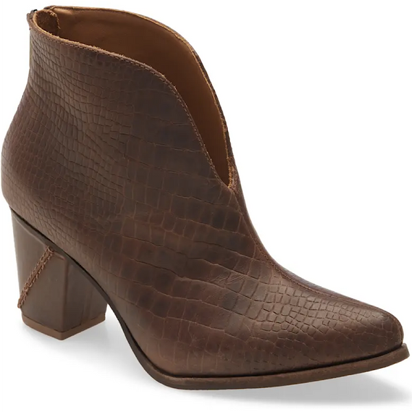 Brenna in Brown Croc By Chocolat Blu