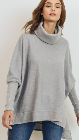 Mabe Turtleneck Sweater in Grey