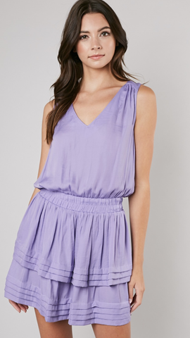 Jenny Layer Bottom V-Neck Dress in Lilac