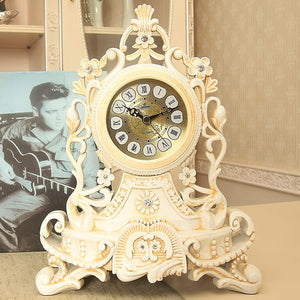 New Home Decoration Table Clock European Resin Desk Clock Stand Old Desktop Clock Table Watch Royalty Living Room
