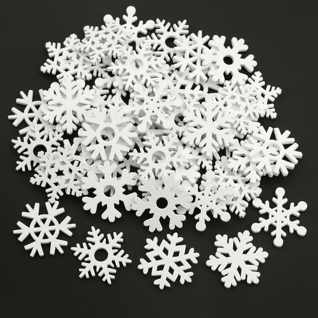 50PCS 35mm Mix Shape Wooden White Snowflakes Christmas Ornaments Xmas Pendants New Year Christmas Decorations for Home