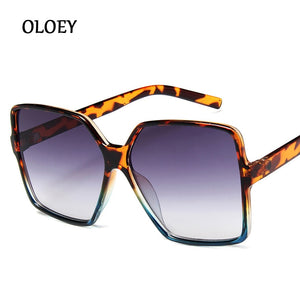 Women's Oversize Sunglasses Gradient Plastic Brand Designer Female Big Sun Glasses Ladies UV400 Shades