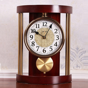 European Retro Solid Wood Table Clock Vintage Metal Wall Clock Living Room Office Fashion Creative American Ornaments Desk Clock