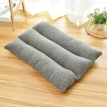 Load image into Gallery viewer, CAWAYI KENNEL Dog Pet Mat House Products Dog Bed for Dogs Cats Small Animal Cama Perro Hondenmand Panier Chien Legowisko Dla Psa