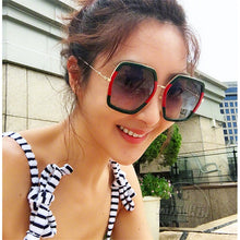 Load image into Gallery viewer, Round Sunglasses Women Luxury Rimless Feamle Shades Europe Popular Ins Sun glasses lunettes de sol femme