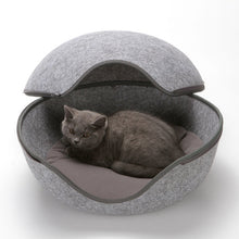 Load image into Gallery viewer, Egg Shape Dog Cat Beds Cat Sleeping Bag Zipper Felt Cloth Winter Warm Pet House All Around Cat Nest With Detachable Cushion Mats
