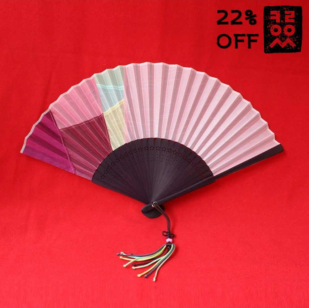 Patchwork_Jogakbo_Fan_Folding-type_Red_Accessory_In_the_Bag_Gift_and_Souvenir_Korean_Essentials
