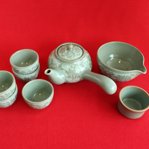 Korean_Traditional_Porcelain_Tea_set_for_five_9pcs_Pottery_Light_Arabesque_Kitchenware_Teacup_Green_Tea_Home_Decor_Oriental_Gift_and_Souvenir_Korean_Essentials