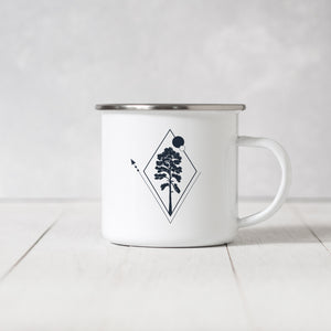 Giant Redwood, Adventure Awaits - Enamel Mug - Sovende Bjorn