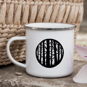 Through the woods - Enamel Mug - Sovende Bjorn