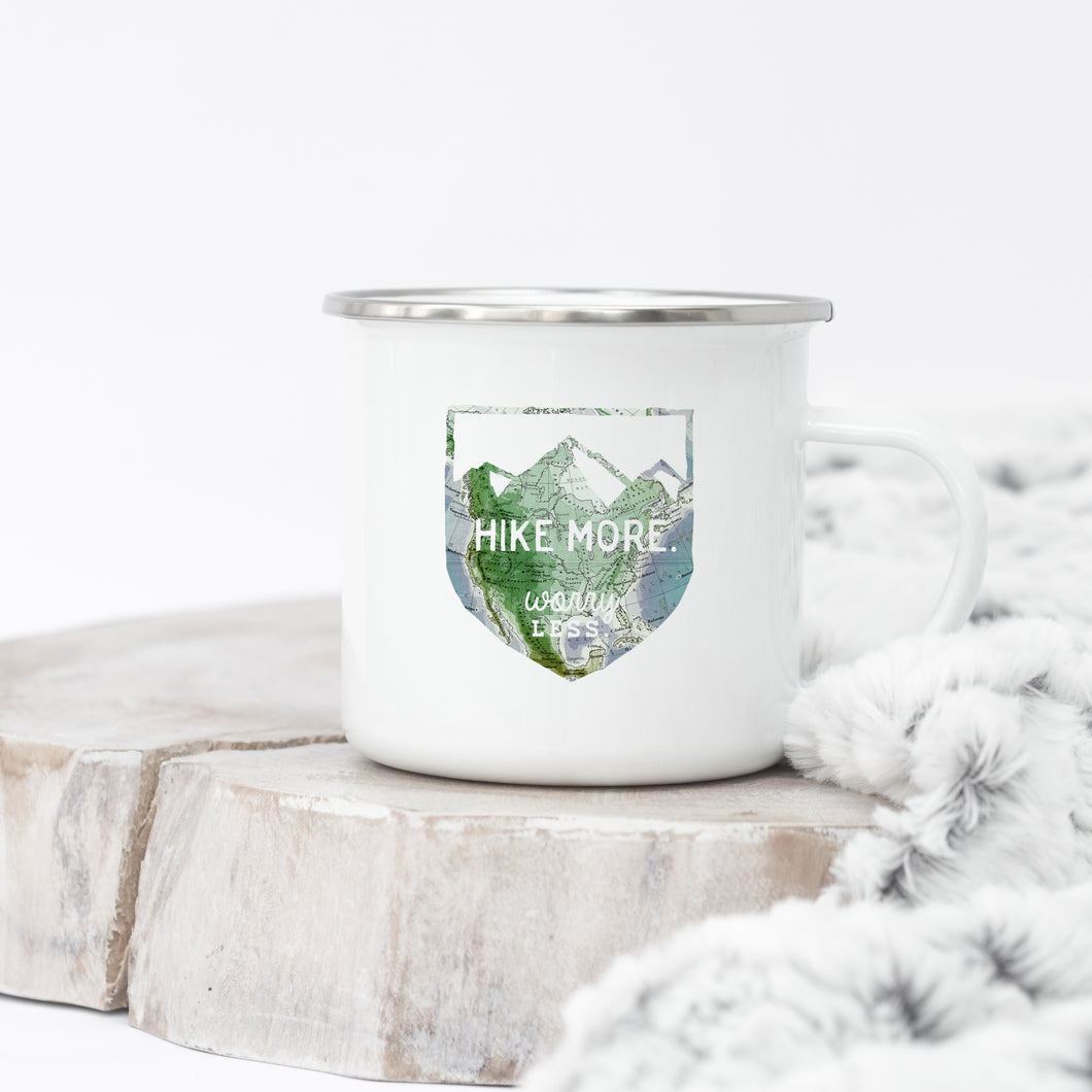 Hike More Worry Less - Enamel Mug - Sovende Bjorn