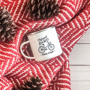 When in Doubt Pedal it Out - Enamel Mug - Sovende Bjorn