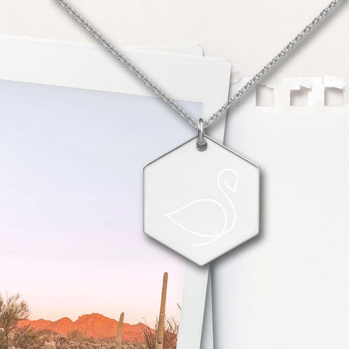 Swan Hexagon Pendant Necklace - Sovende Bjorn
